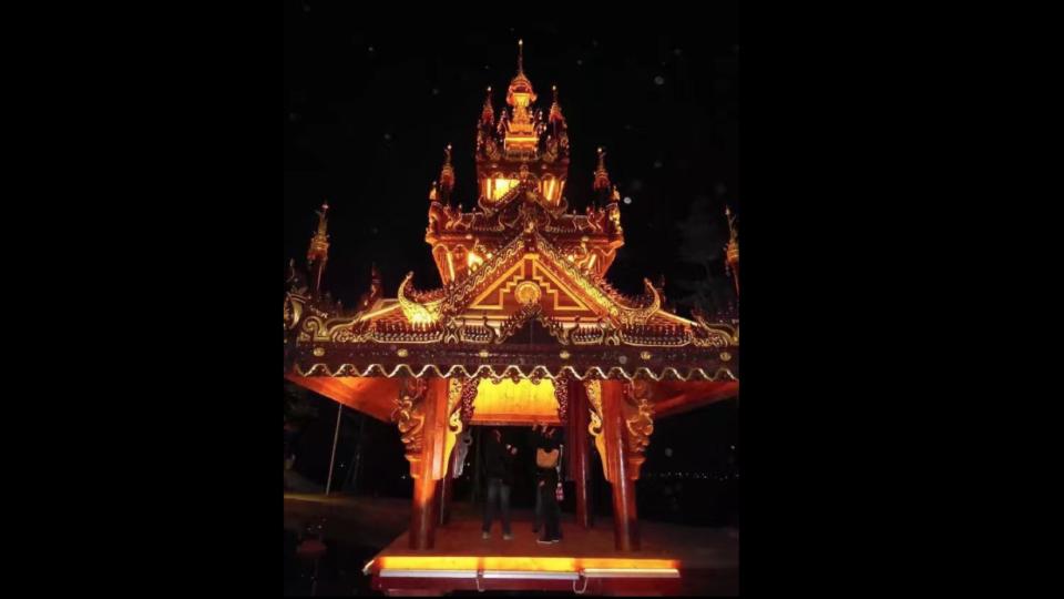 タイ風寺院